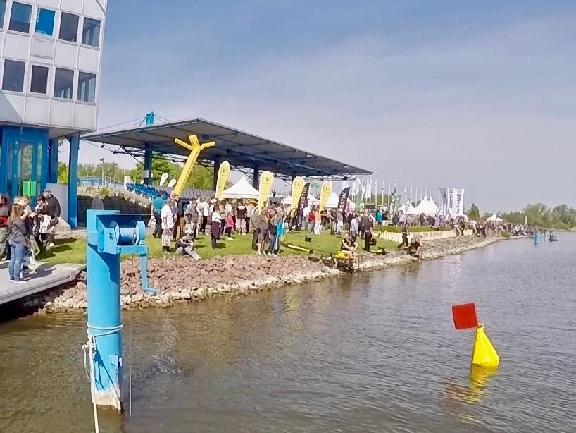 Tribüne Seeseite - Fishing Masters Show 2018 - Beetzsee - Brandenburg an der Havel - Deutschland