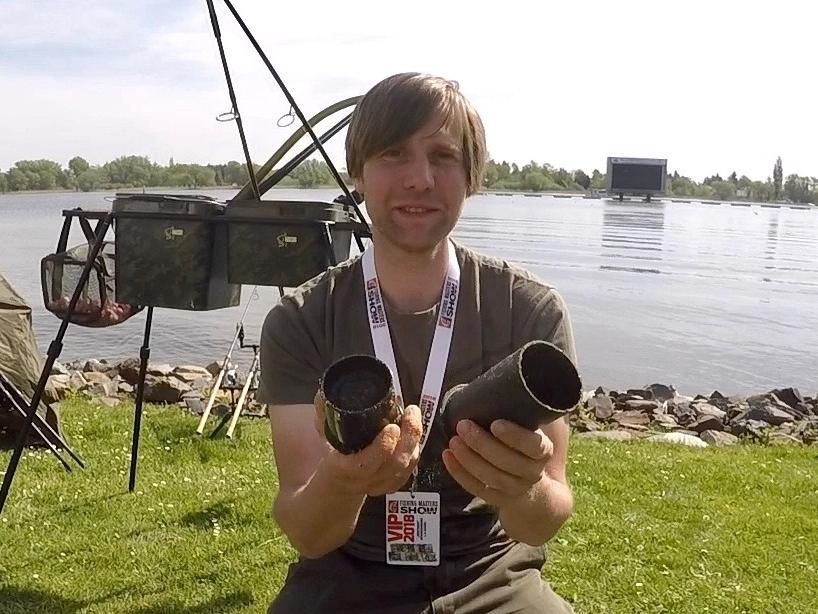 Futterkugel herstellen Foto 1 - Fishing Masters Show 2018 - Beetzsee - Brandenburg an der Havel - Deutschland