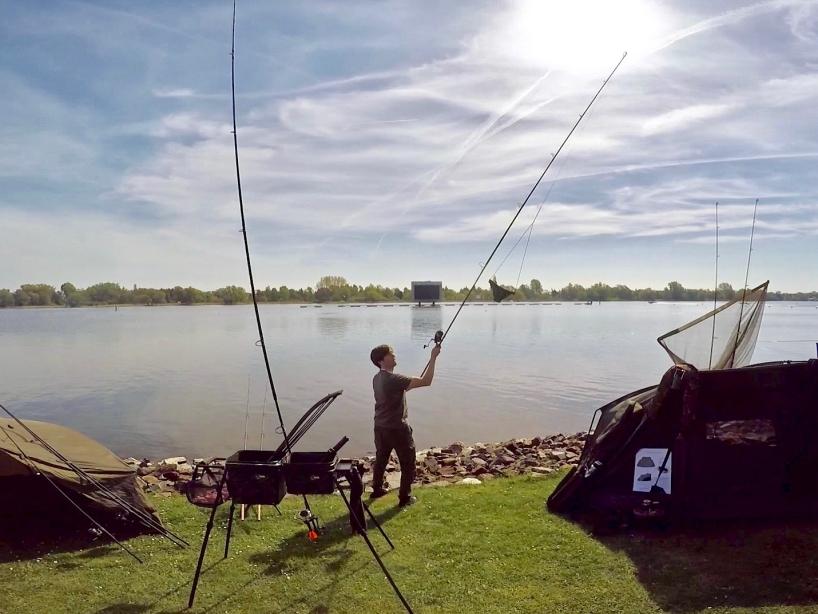 Futterkugel herstellen Foto 7 - Fishing Masters Show 2018 - Beetzsee - Brandenburg an der Havel - Deutschland