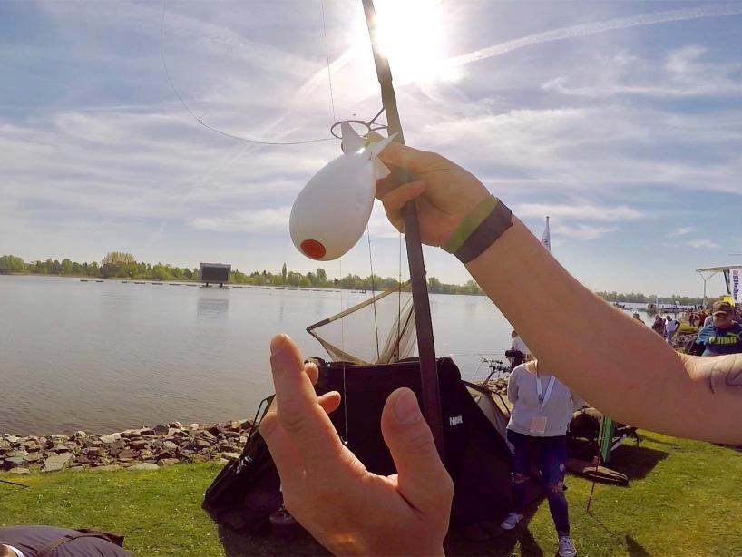 Anwendung Futterrakete Foto 1 - Fishing Masters Show 2018 - Beetzsee - Brandenburg an der Havel - Deutschland